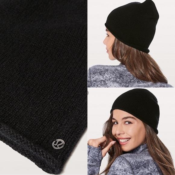 f4263bbaa0e Lululemon My Dear Cashmere Knit Beanie Hat Black